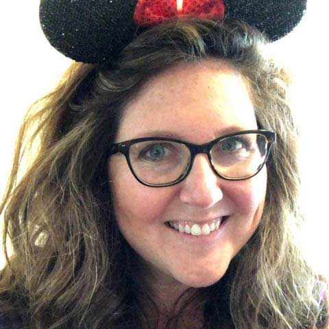 Disney Travel Agent Mandi Newlin